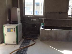 水池冷凍機可以實現水池制冷降溫目的